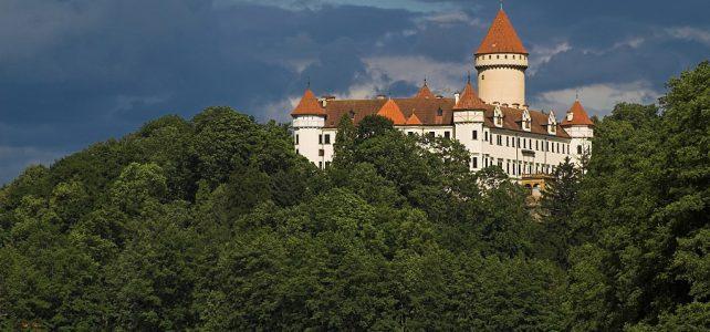Na zámku Konopiště Vás čeká setkání s netopýry, medvědy a Sv. Jiřím
