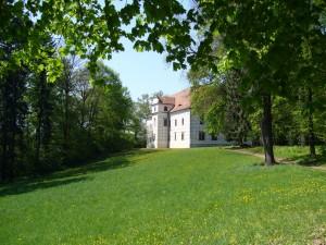 Za návštěvu stojí i anglický park.