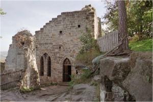 Část hradu s úkrytem vrápenců malých.
