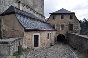 Areál hradu.