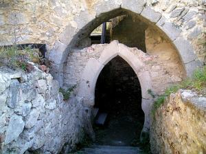 Raně gotická brána