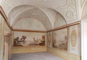Výzdoba salonu ve starém zámku