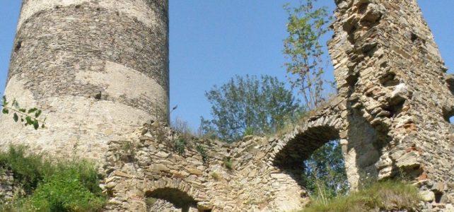 Navštivte hrad Šelmberk, kde se setkávají řemeslníci i netopýři